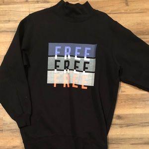 Black turtleneck sweatshirt from Aritzia